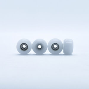 Product picture of white fingerboard wheels with bearings