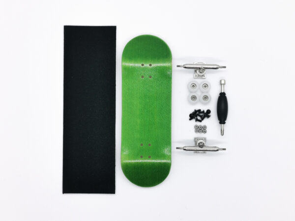 Product picture of green wooden fingerboard complete