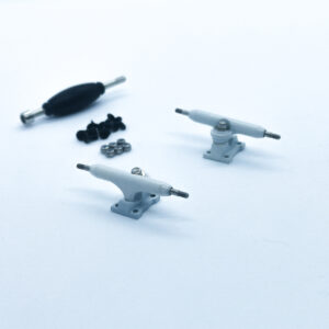 product picture of white fingerboard trucks 32mm
